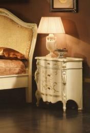 Klasikiniai svetaines baldai Klasikiniai baldai art 0221L Spintelė