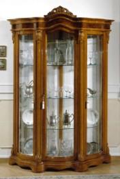 Klasikiniai svetaines baldai Vitrinos art 1616 Vitrina