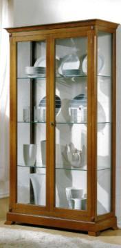 Klasikiniai svetaines baldai Vitrinos art V589 Vitrina
