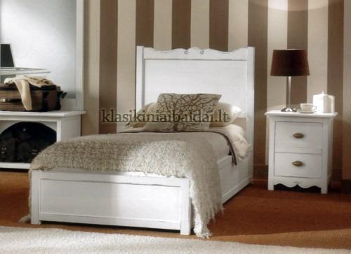 Klasikinio stiliaus baldai art 5066/G Lova