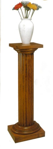 Klasikinio stiliaus baldai Furniture store art 626 Kolona