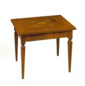 Klasikinio stiliaus baldai Furniture store art 651 Žurnalinis staliukas