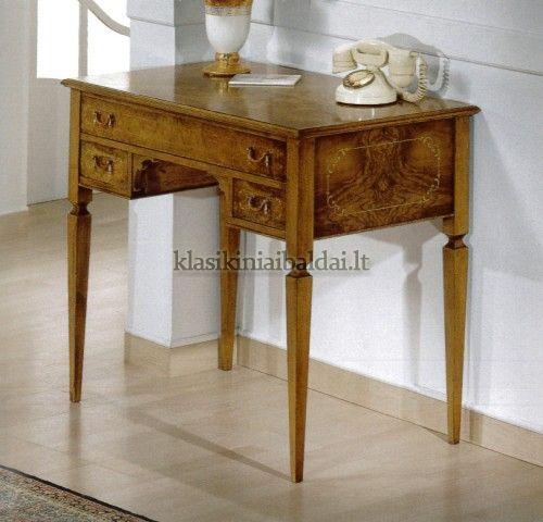 Klasikinio stiliaus interjeras art 1014B Rašomasis stalas