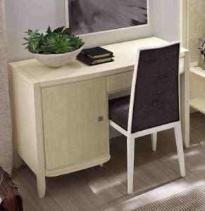 Klasikinio stiliaus interjeras art 2041T Rašomasis stalas