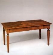Klasikiniu baldu gamyba Batų dėžės art 648 Žurnalinis staliukas