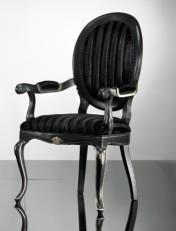 Klasikiniu baldu gamyba Batų dėžės art 0149A Kėdė