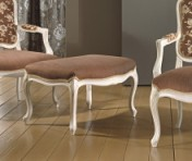 Sendinti klasikiniai baldai Seven Sedie art 0239O Pufas