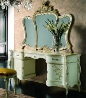 Sendinti klasikiniai baldai Tualetiniai staliukai art 0230L Tualetinis staliukas